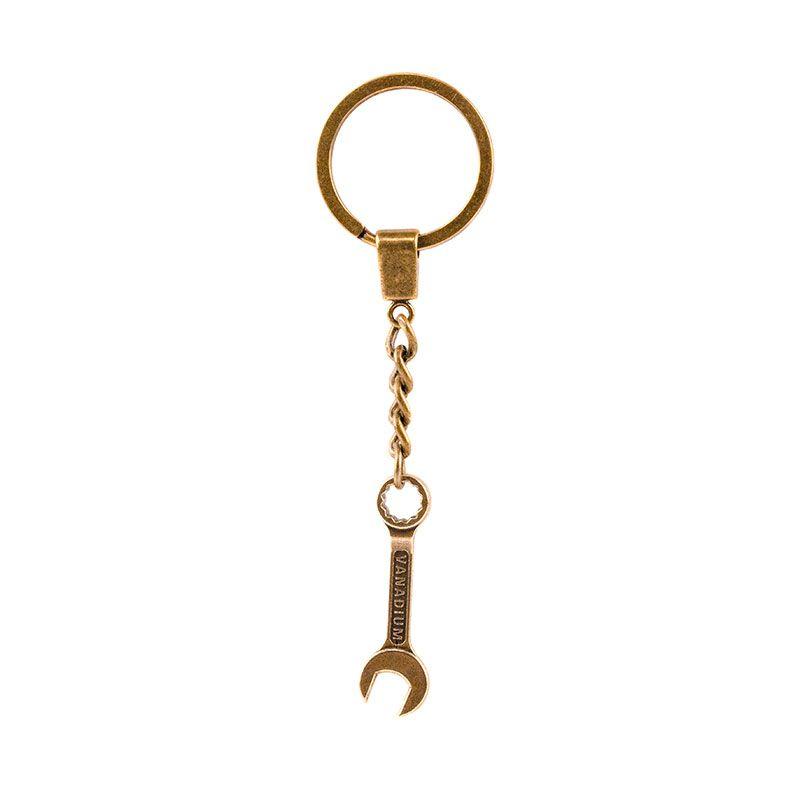"""Брелок """"Ключ на 22"""""""