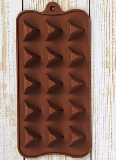 "Форма для шоколада, 15 ячеек, 21х10,5х2,5 см ""Треугольнички"""