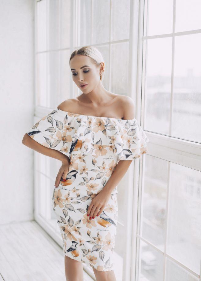 0526. Платье