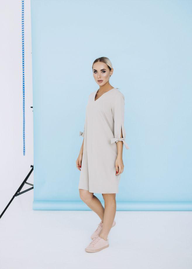 1017. Платье