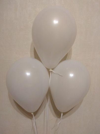 МИНИ белый шар маленького размера с гелием