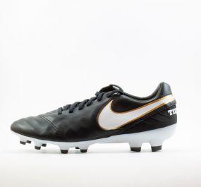 Бутсы Nike Tiempo Mystic V FG чёрные
