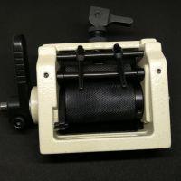 Передний пуллер для подачи резинки на поясную машину