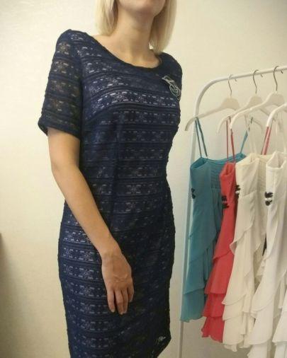 Платье из стрейчевого гипюра на атласной подкладке