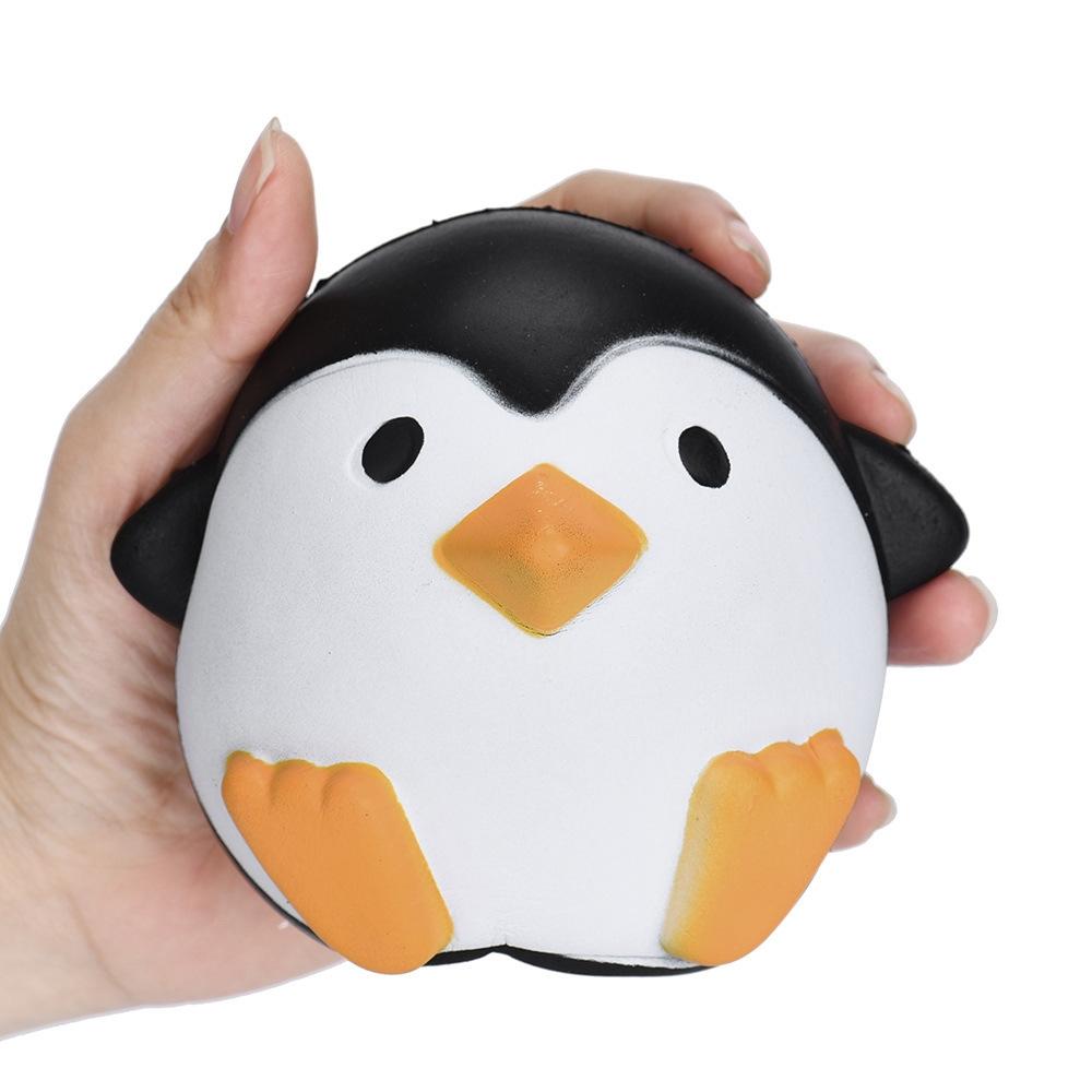 Cквиш Мммняшка 1TOY Сидящий пингвин