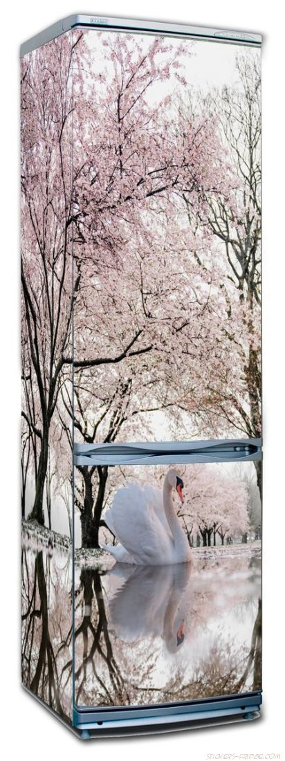 Наклейка на холодильник - Лебединое озеро