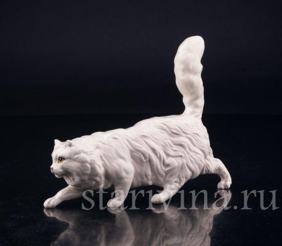 Изображение Крадущийся кот, Royal Doulton, Великобритания, вт. пол. 20 в.