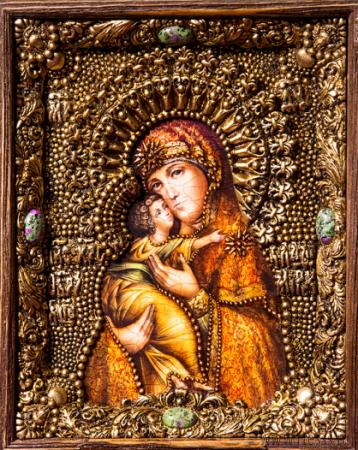 Икона Божьей Матери Владимирская 14 х 19 см в киоте, роспись по дереву, самоцветы