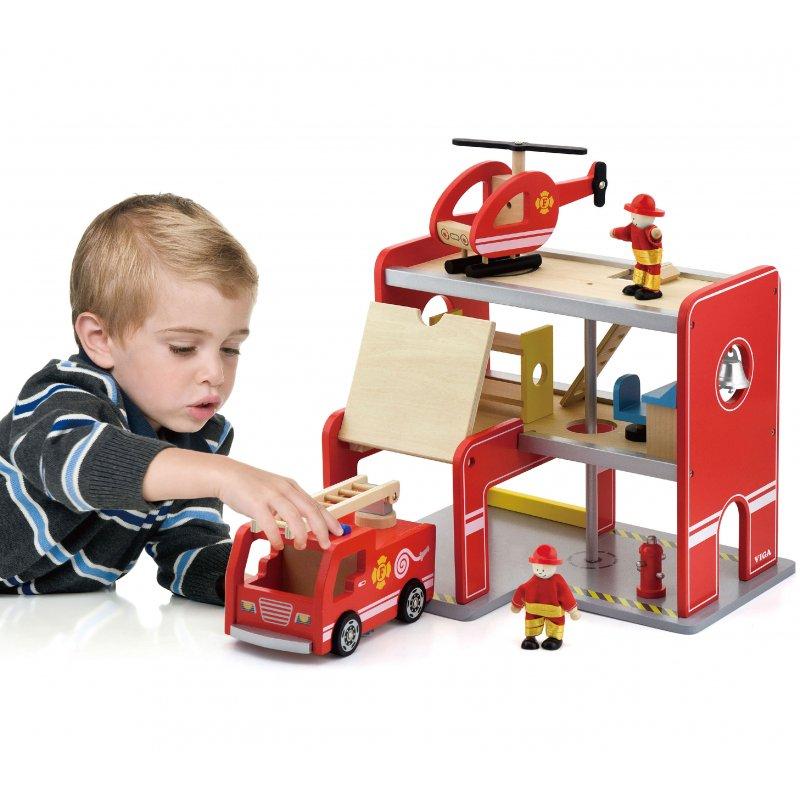Деревянная пожарная станция с аксессуарами Viga Toys 50828