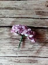 роза бумажная диаметр 1,5 см СВЕТЛО-СИРЕНЕВАЯ   цена за 5 шт
