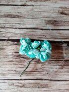 роза бумажная 25-30 мм МЯТНАЯ  цена за 5 шт