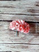 роза бумажная 25-30 мм ПЕРСИКОВАЯ   цена за 5 шт