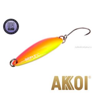Колеблющаяся блесна Akkoi Reflex Legend 3,5 см / 3,1 гр / цвет: R35 UV