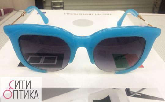 Солнцезащитные очки Miu Miu  SMU 23NS