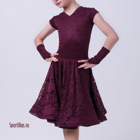 Бордовое платье для танцев из гипюра