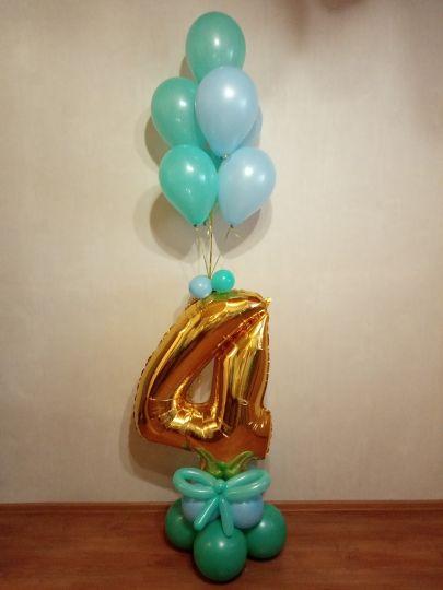 Цифра с фонтаном из 7 мини-шаров