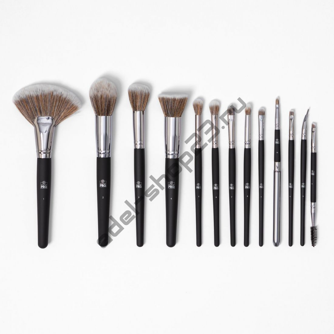 BH COSMETICS - набор из 13 кистей Studio Pro Brush Set