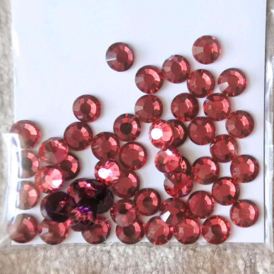 Стразы стеклянные клеевые, цвет Ярко-Розовый, SS16, 50 шт/упак