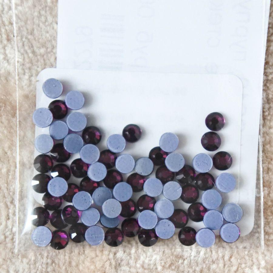 Стразы стеклянные клеевые, цвет Пурпурный, SS10, 70 шт/упак