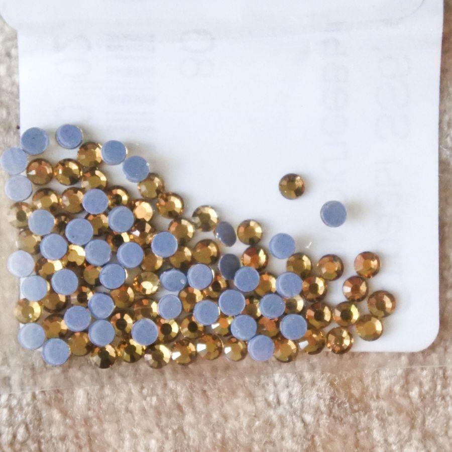 Стразы стеклянные клеевые, цвет Светло-Желтый, SS6, 100 шт/упак