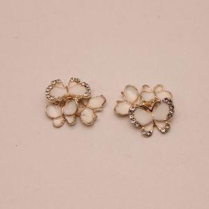 """Кабошон со стразами """"Бабочки"""", цвет основы: золото, белые бабочки, размер 20*15мм (1уп = 10шт), КБС0357-1"""