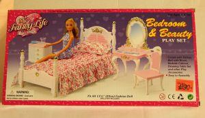 ! спальня д/куклы, ячейка: 79