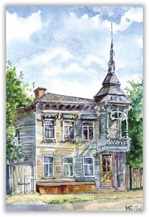 Деревянный домик с балконом