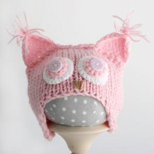 Вязанная шапочка для куклы- Розовая сова