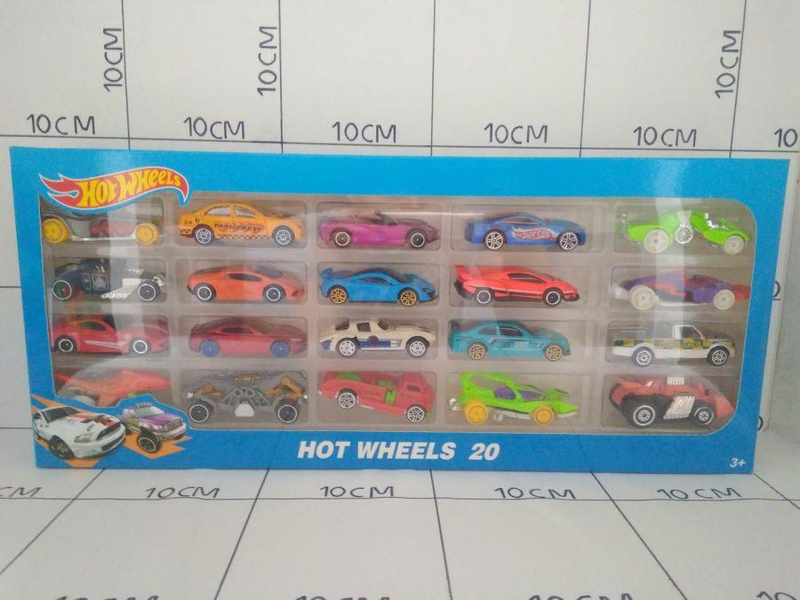 Набор моделек HOT WHEELS из 20 штук.