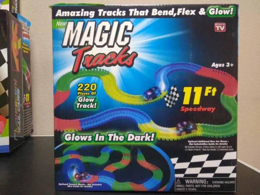 Набор Magic Tracks из 220 элементов ~3,5 м (мэджик трек)