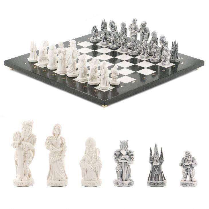 Шахматы Средневековье, доска змеевик и мрамор