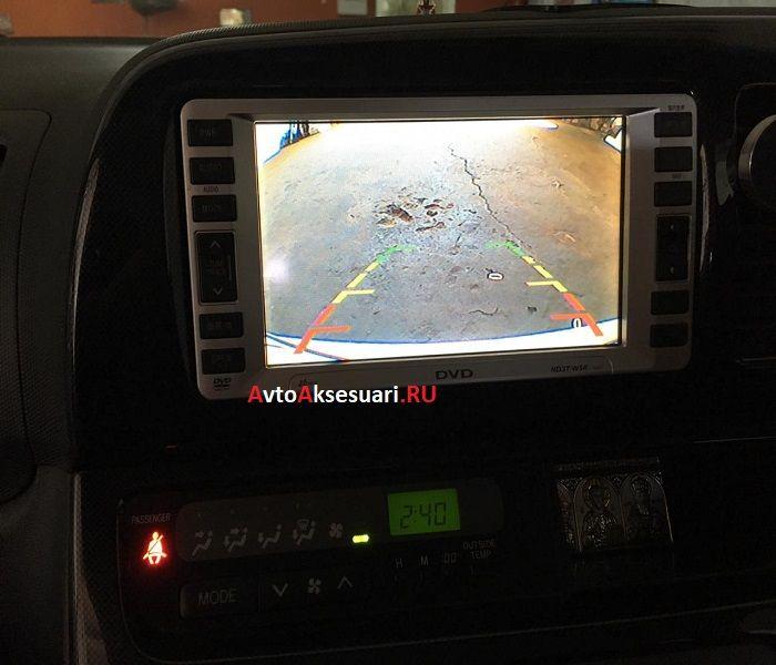 Камера заднего вида Тойота Виш