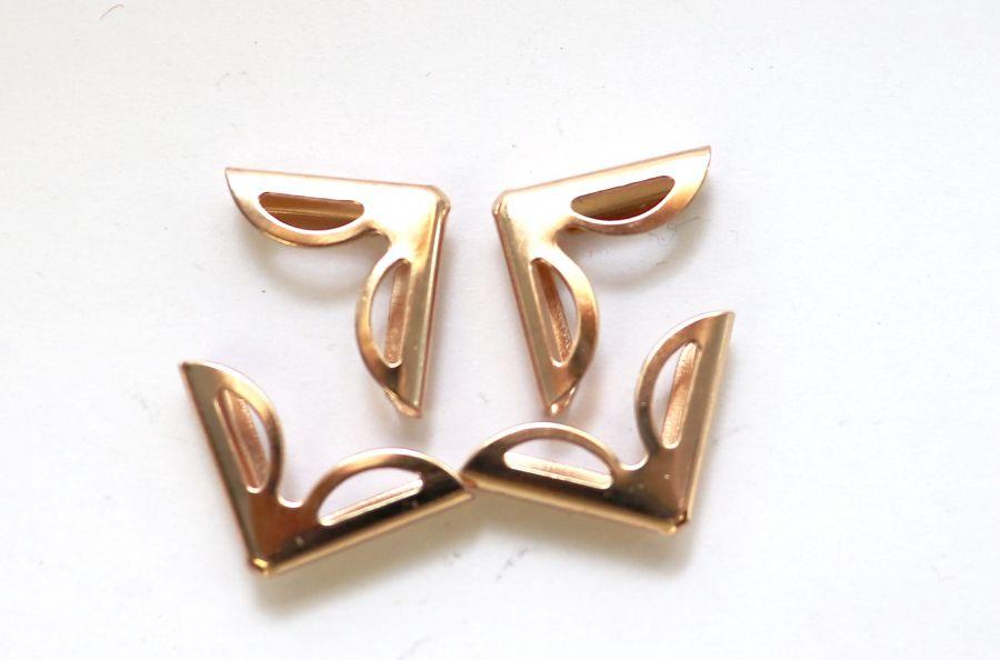 Уголок для обложки Ажур, золото, 15*15 мм, 4 шт/упак