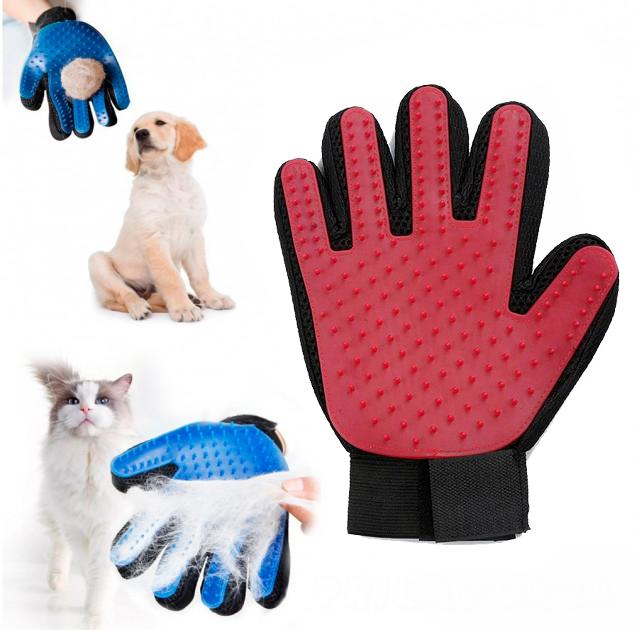 Перчатка для вычёсывания шерсти животных True Touch, красная