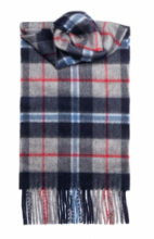 кашемировый шарф (100% драгоценный кашемир) , расцветка  клана Дуглас (вариант нейви)  DOUGLAS NAVY TARTAN LUXURY CASHMERE , плотность 7