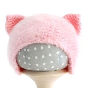 Вязаная шапочка для куклы Кошечка розовая