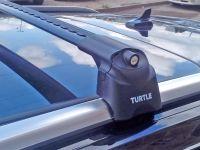 Багажник на интегрированные рейлинги Turtle Air 2, аэродинамические дуги (черный цвет)