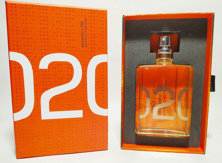Escentric Molecules Escentric 02 100 ml- подарочная упаковка