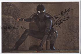 Автограф: Том Холланд. Человек-паук: Вдали от дома