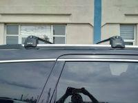 Багажник на Jeep Grand Cherokee, Turtle Air 3, аэродинамические дуги (черный цвет)