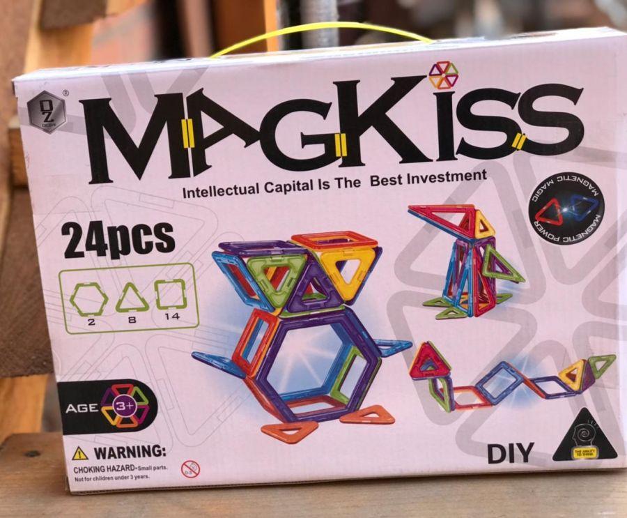 Магнитный конструктор 24 деталей