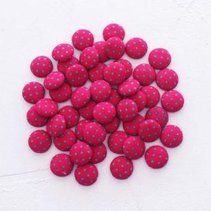Набор украшений для куклы, 5 шт. -  Пуговки ярко-розовые в горошек 1,5 см