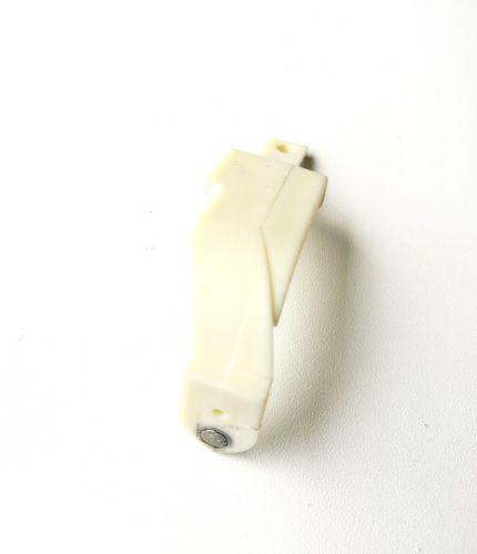 Пластиковая планка ЗЧ AB N27 (7259266)