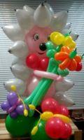 Ежик с серыми колючками из шариков