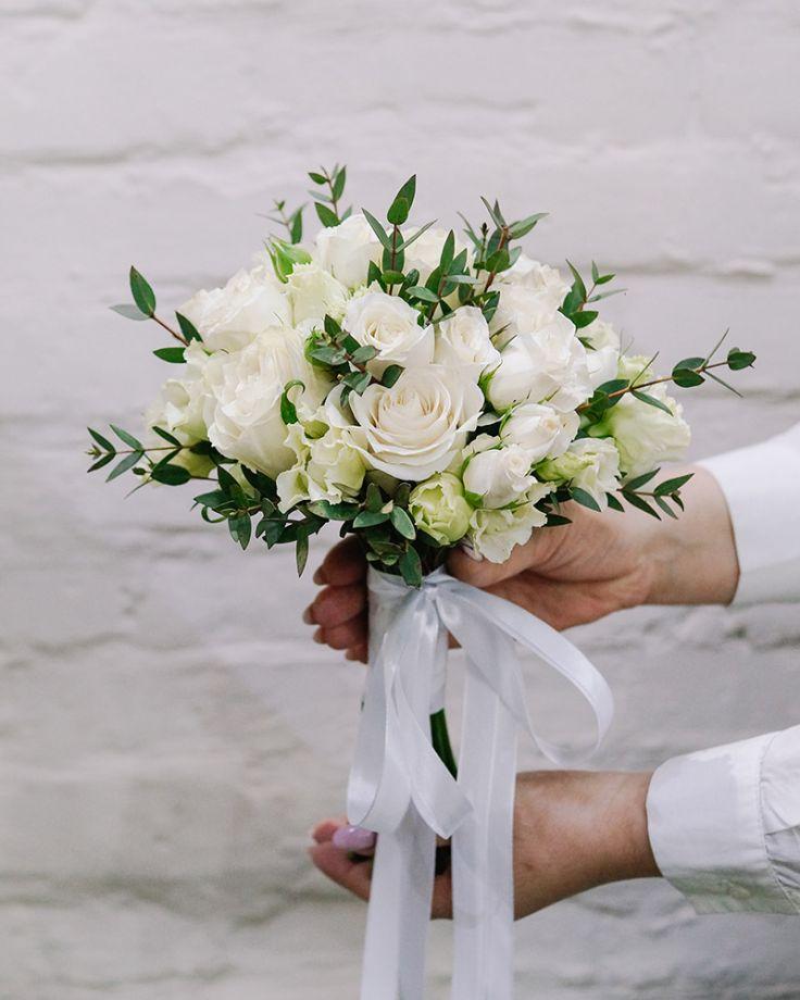 """Свадебный букет """"White classic"""" - """"Белый классический"""""""