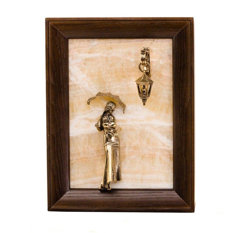 """Картина-панно """"Девушка с зонтиком"""" без подсветки на натуральном камне из оникса"""