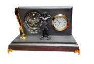 Настольные часы ЧЕМПИОН «ХАБИБ НУРМАГОМЕДОВ»