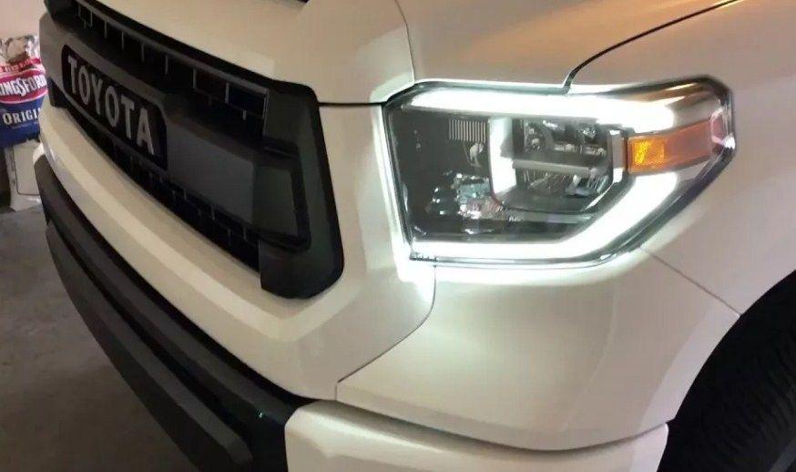 Фара LED OEM Toyota Tundra 2014+