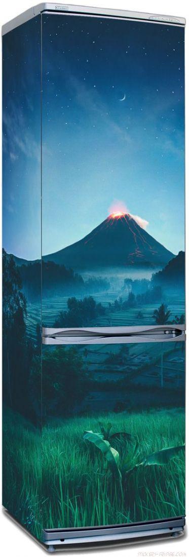 стикер на холодильник - Подножие вулкана