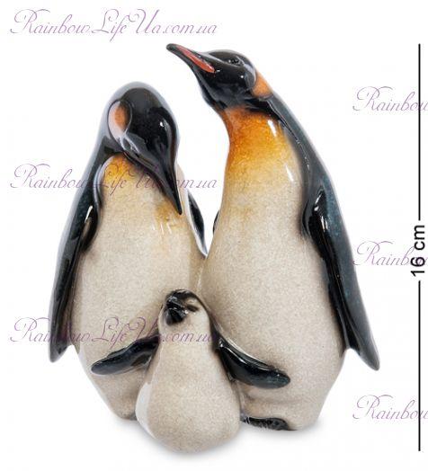 """Фигурка семья Королевских пингвинов """"MN"""""""